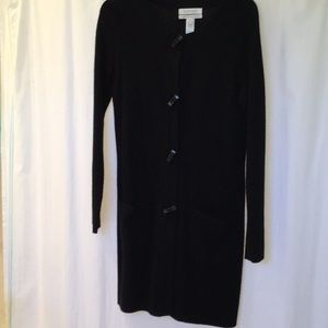 Long black sweater with beautiful buttons